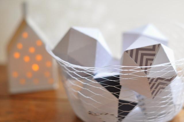 L 39 art de la curiosit classic pr parer no l 4 boules - Faire des boules de noel en papier ...