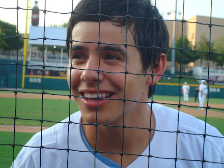 David Archuleta shows the world how to sing the National Anthem!