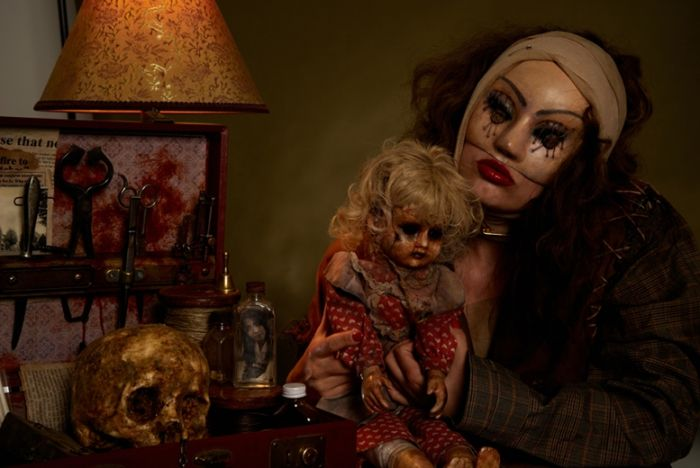 CHILL BOX OF PICS: Bizarre And Creepy Photography
