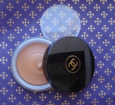 Soleil Tan de Chanel - Bronzing Makeup Base
