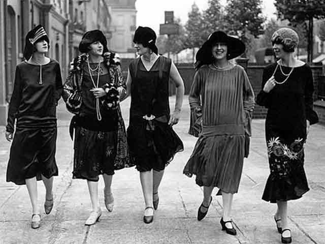 Flappers años 20.jpg