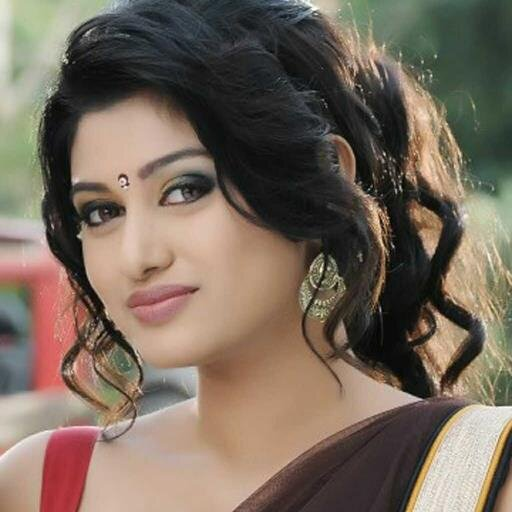 Oviya acts with Karunakaran
