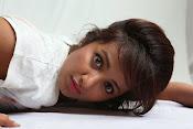 Tejaswi Madivada glam pics-thumbnail-1