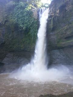 Air terjun Cuban Baung, Purwodadi, Jawa Timur. Mistis tapi bagus ^_^