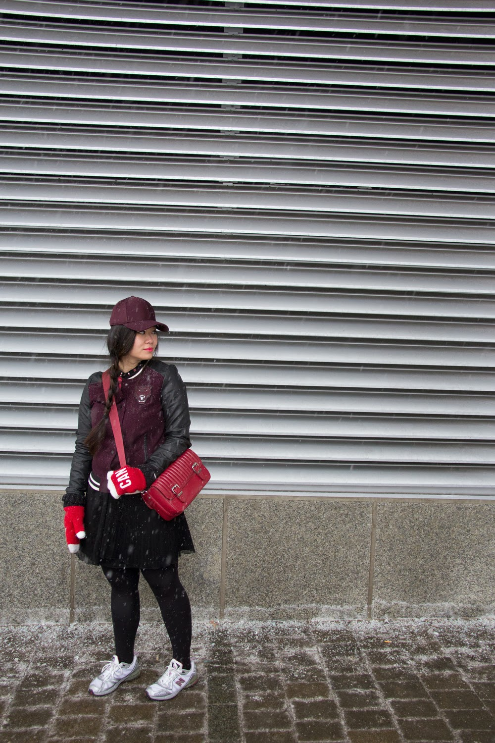 Winter-Outfit, Baseball-Cap, Varsity-Jacket, Zara-Boxy-Bag, New-Balance-Sneakers