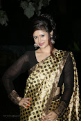 Anchor Shila Chakravarthy latest black saree Photos-thumbnail-4
