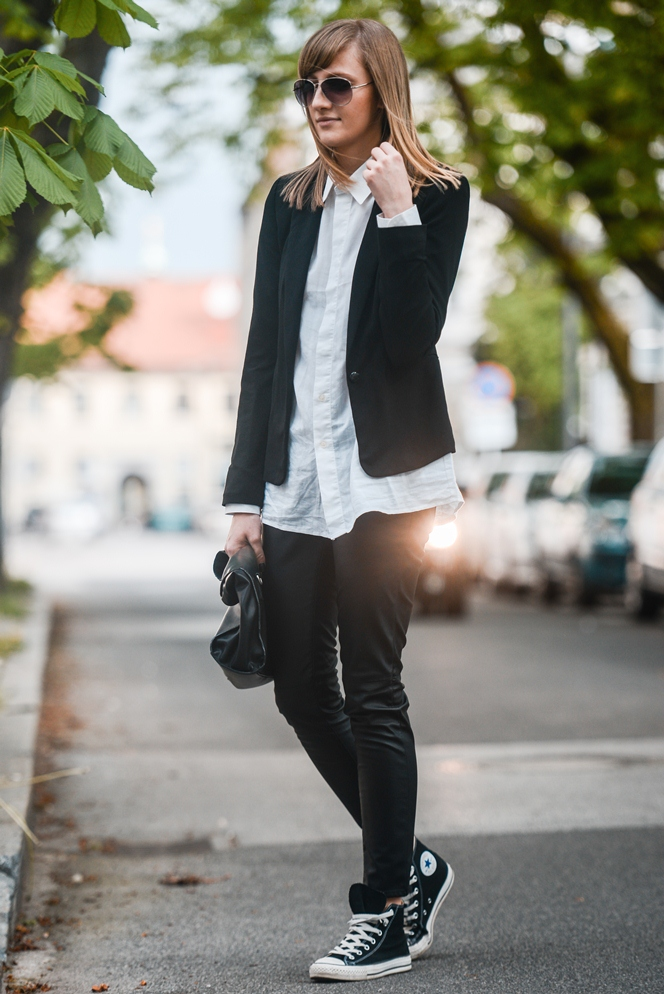 monochrome outfit, sneakers with collar shirt, black blazer, leather pants, style blogger, fashion blog