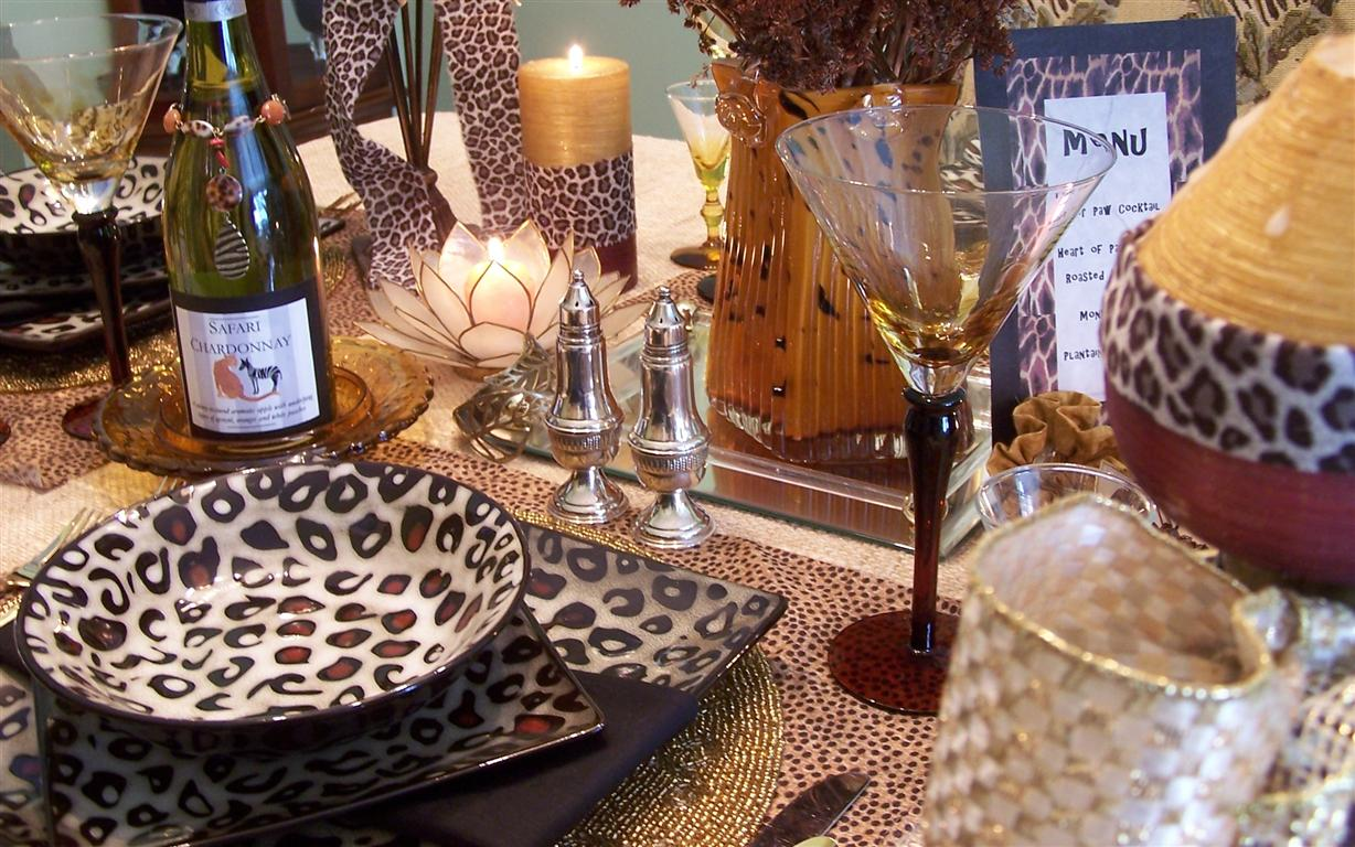 Cheetah Zebra Dinnerware http://tablescaping.blogspot.com/2011/04/mikasa-leopard-dishes-tablescape.html