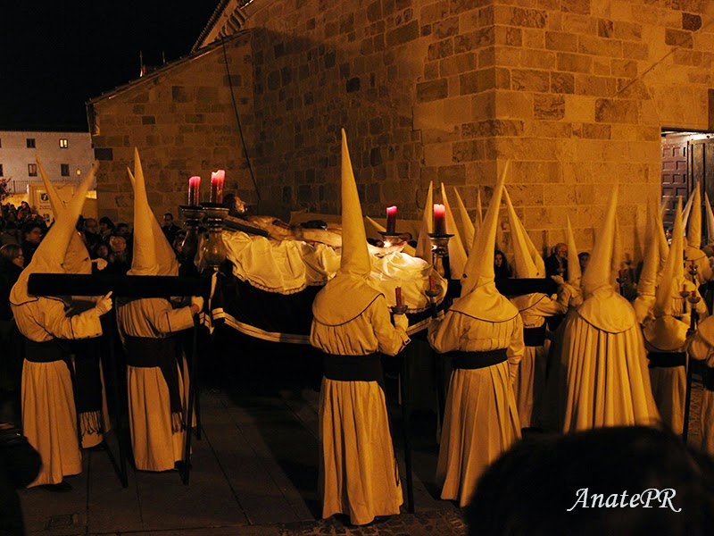 procesión de semana santa en Zamora