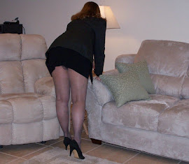 wife in pantyhouse