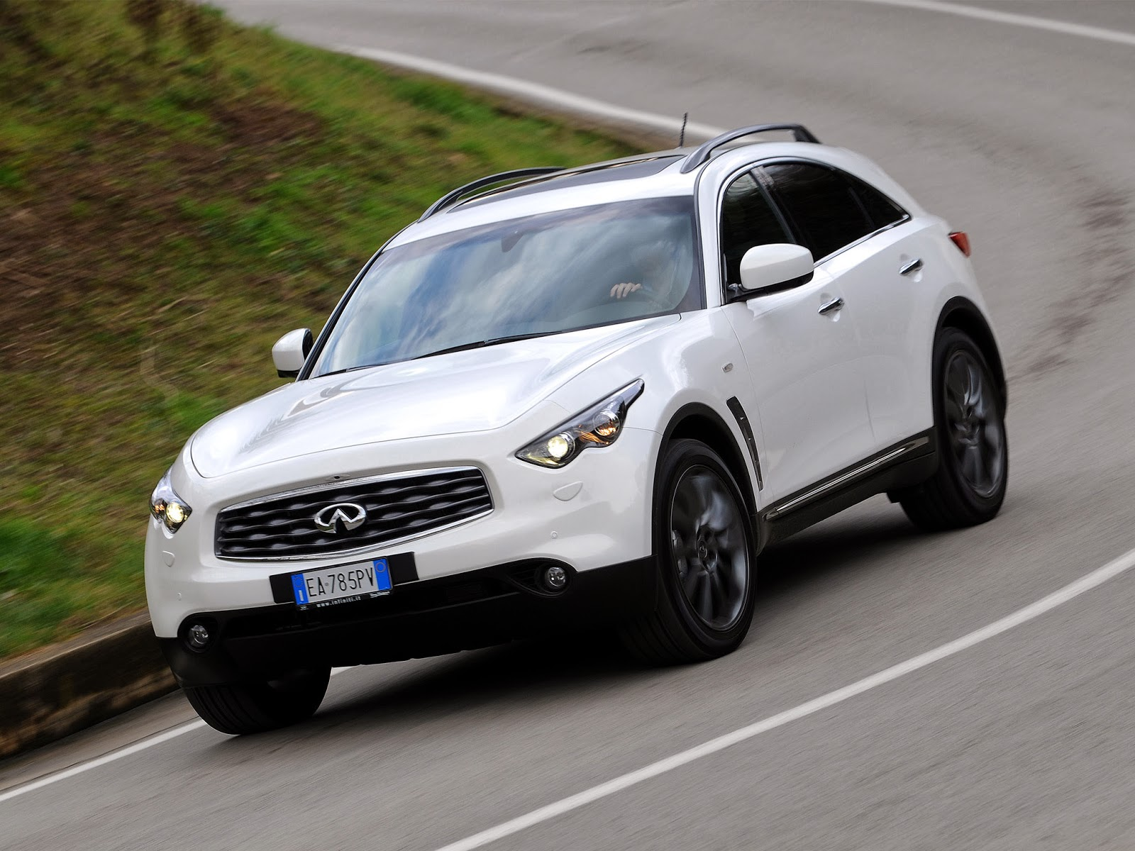 Infiniti fx limited edition model year 2010 news cars new infiniti fx limited edition model year 2010 vanachro Gallery