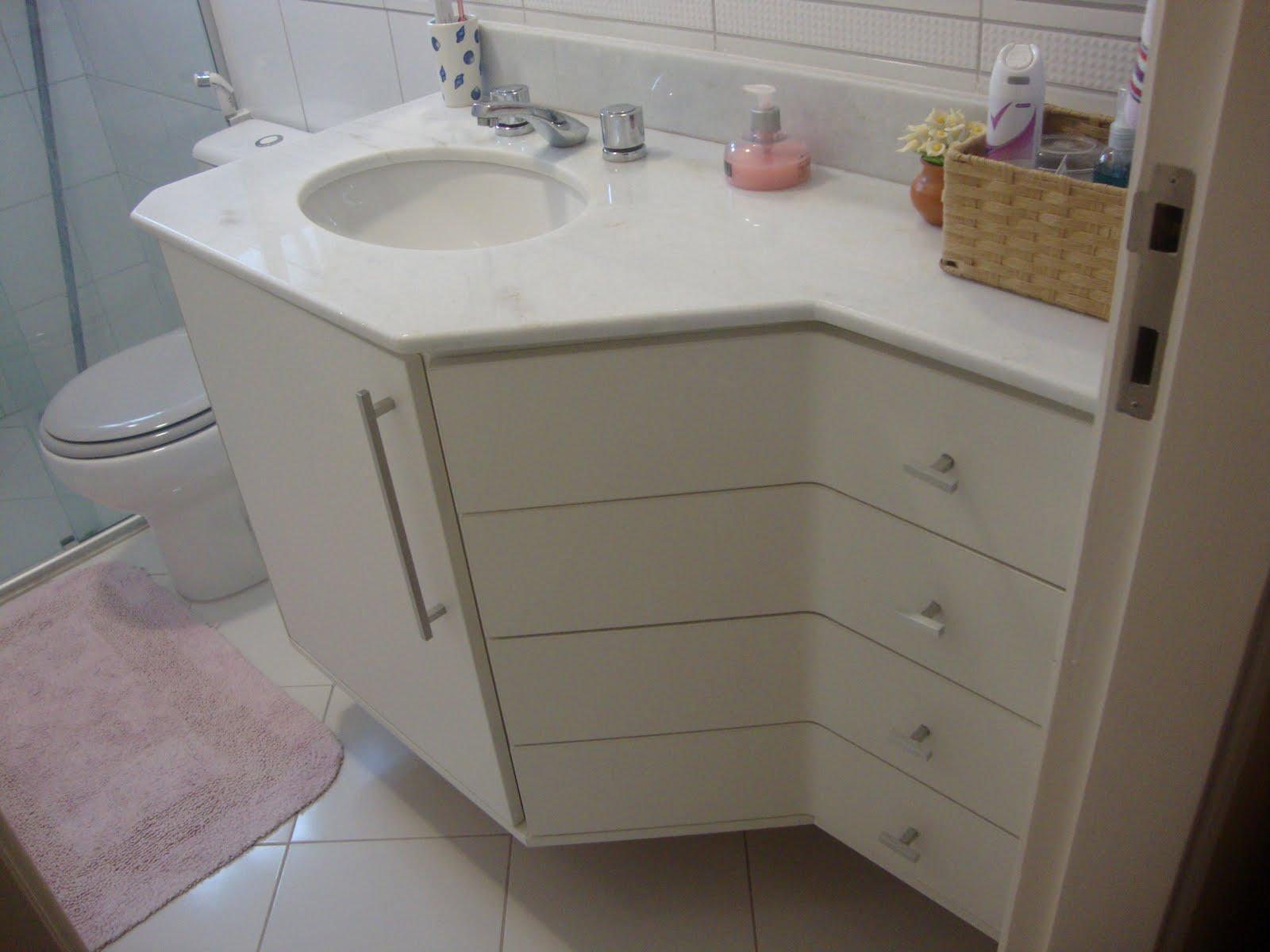 Gabinete de banheiro em MDF Branco. #393027 1600 1200