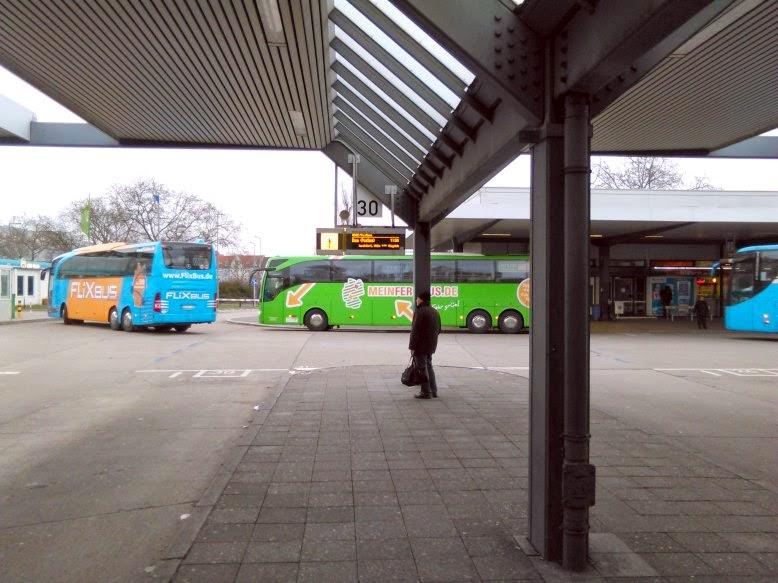 fummeln im bus