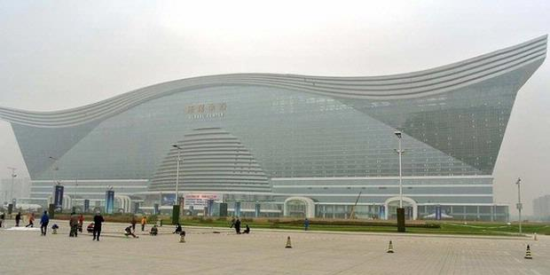 China Bangun Gedung Terbesar di Dunia