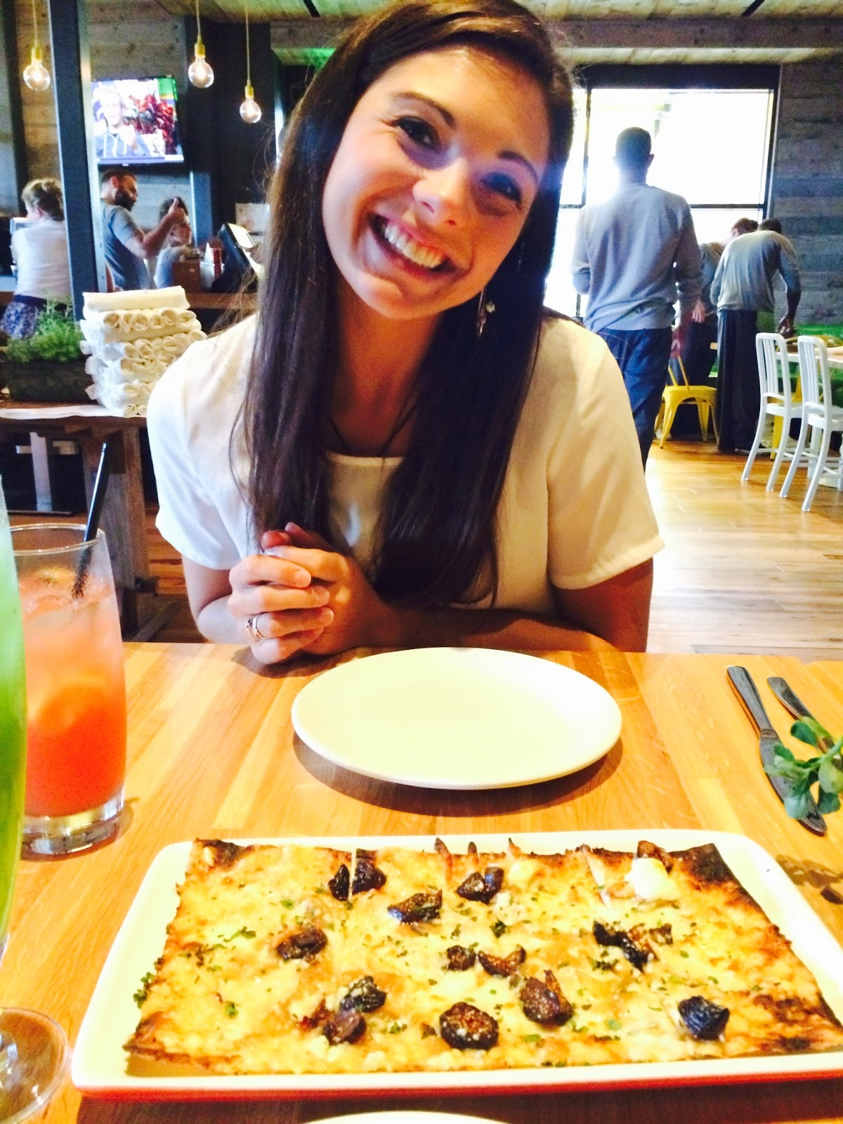 Real College Student of Atlanta: Eating in ATL {True Food Kitchen}