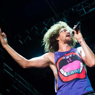 Redfoo – Heart Of A Champion Lyrics | Letras | Lirik | Tekst | Text | Testo | Paroles - Source: musicjuzz.blogspot.com