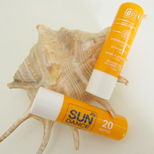 SunDance Lippenpflegestift LSF20 und Lavera Sun Lippenpflegestift LSF10
