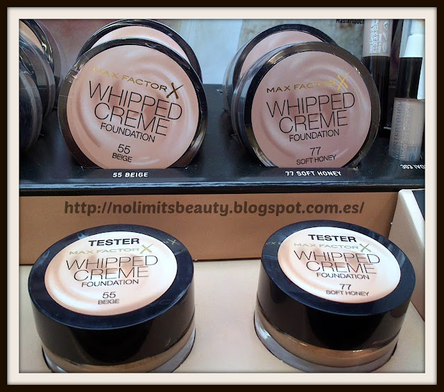 Whipped Creme de Max Factor: 55 Beige, 77 Soft Honey
