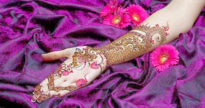 Latest & Elegant Mehndi Designs For Girls From 2014