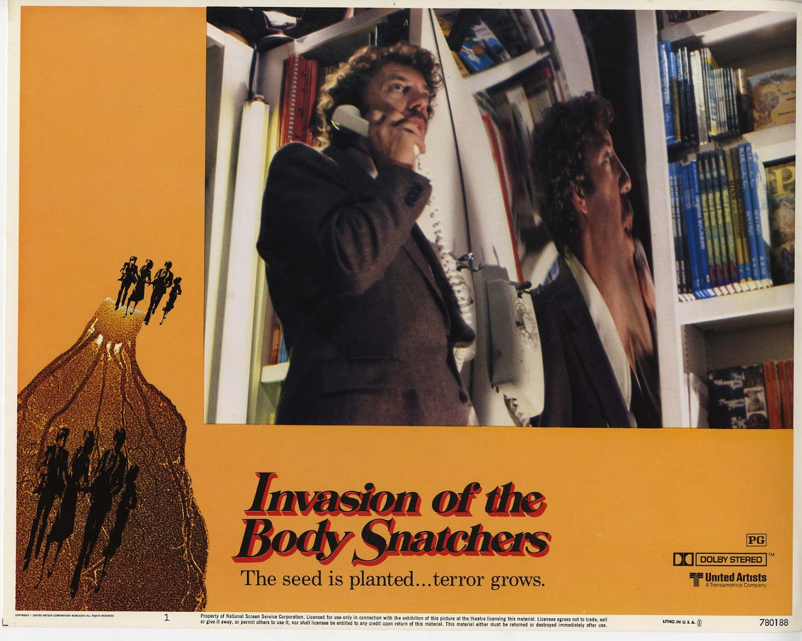 a comparison of the novel invasions of the body snatchers and the war of the worlds Invasion of the body snatchers (1978 spielberg's war of the worlds) nomination for his adaptation of author jack finney's novel the body snatchers written.
