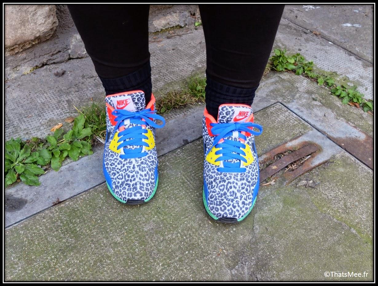 Karina Bisch Nike ID graou panthère leopard bleu jaune rouge