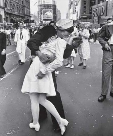Ultimate Collection Of Rare Historical Photos. A Big Piece Of History (200 Pictures) - V-J Day