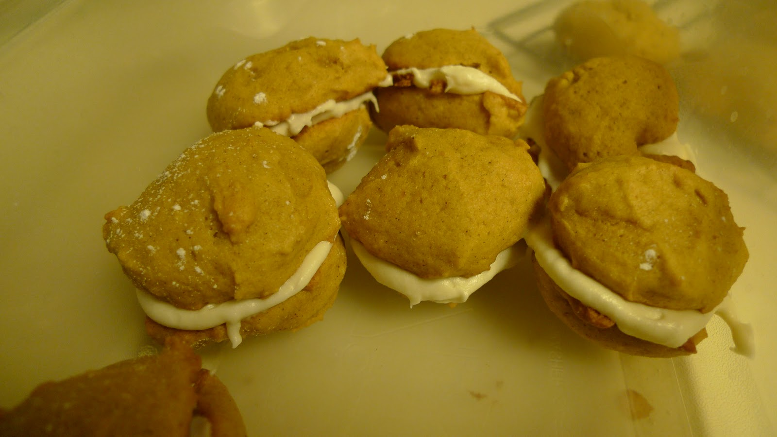 Recipe Codex: Dessert: Mini Pumpkin Whoopie Pies
