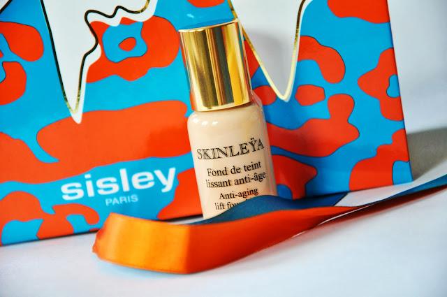 тональная основа Skinleya