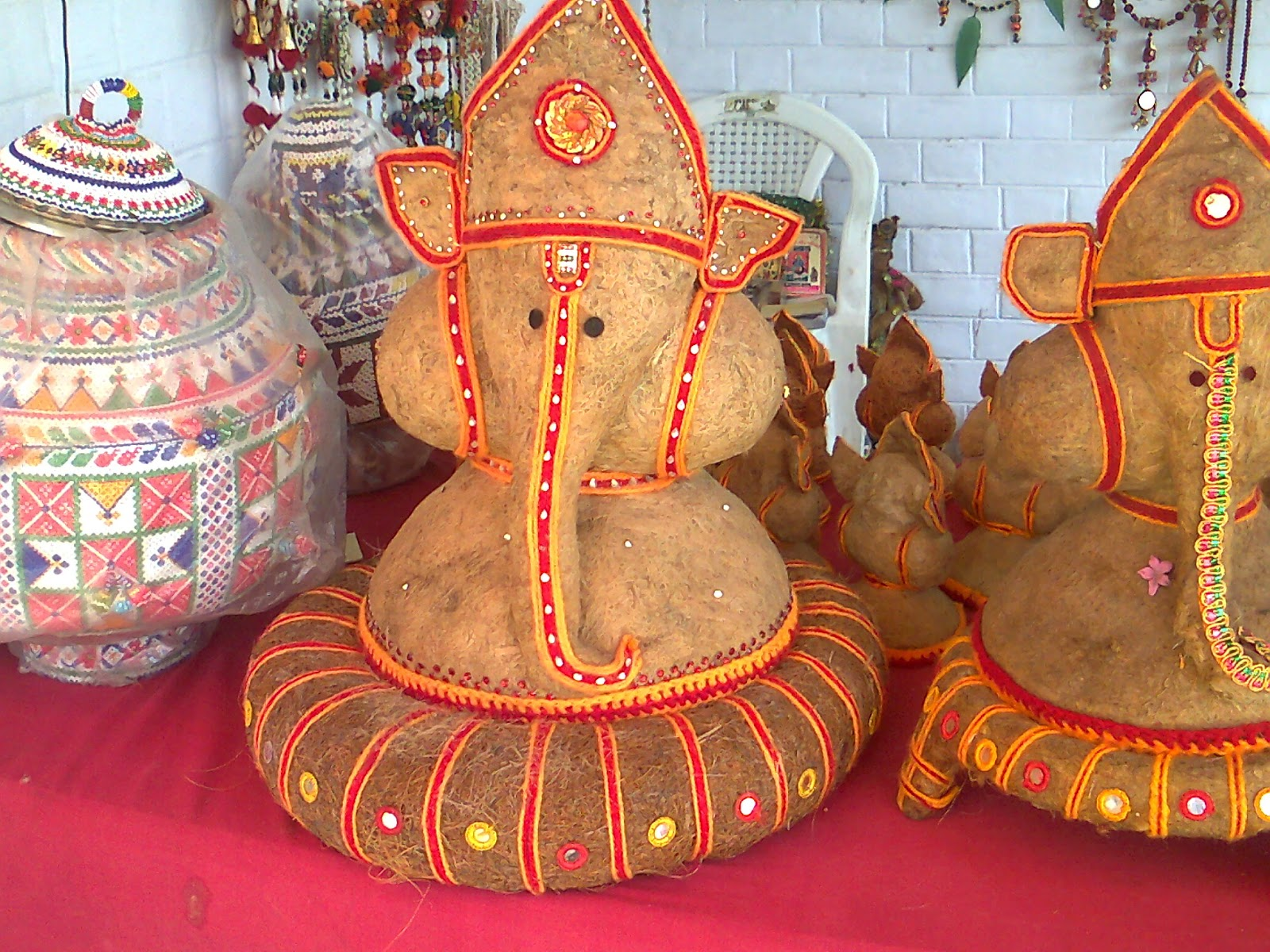 ganesh coconut idol