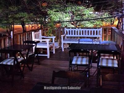 Recôncavo Bar & Cozinha Criativa: Varanda (primeiro andar)