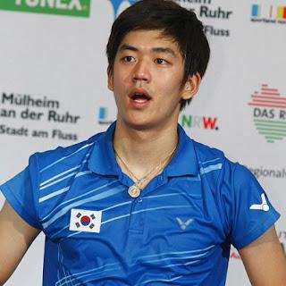 Lee Yong Dae hot body six pack