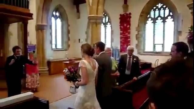 La pire chanson de marche de mariage jamais entendu