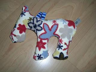 nox unikata babyspielzeug kuscheltiere selber n hen hase schnecke dino pferd. Black Bedroom Furniture Sets. Home Design Ideas