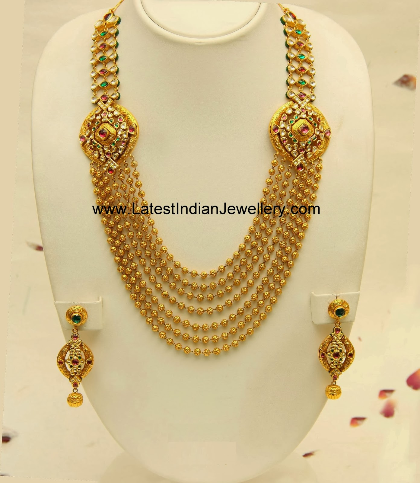 Modern Indian Wedding Jewellery: Gold Wedding Rings: Modern Indian Gold Jewellery Designs