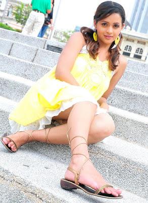 Actress Malayalam Bhavana hot pics
