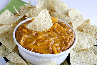 Butter With a Side of Bread: Cheesy Chicken Enchilada Dip