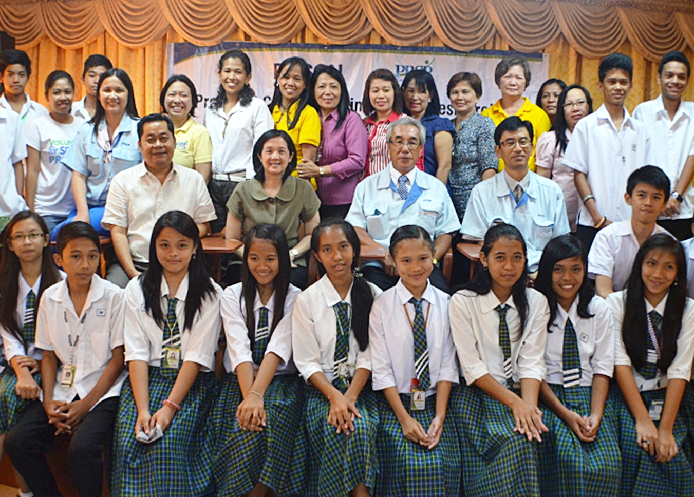 rate of out of school youth in the philippines Graders in 1988 found that 21 percent had dropped out school at some the high school graduation rate to 90 students drop out of school and what can.