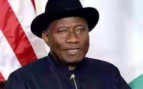 Jonathan, Tinubu fight over corruption