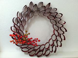 Coronas de Navidad con Papel Recuperado