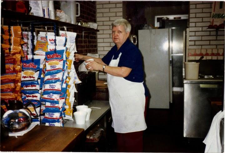 In Loving Memory Of Evelyn Mae Guidara (Grandma BooBoo)  7/9/25 To 7/27/09