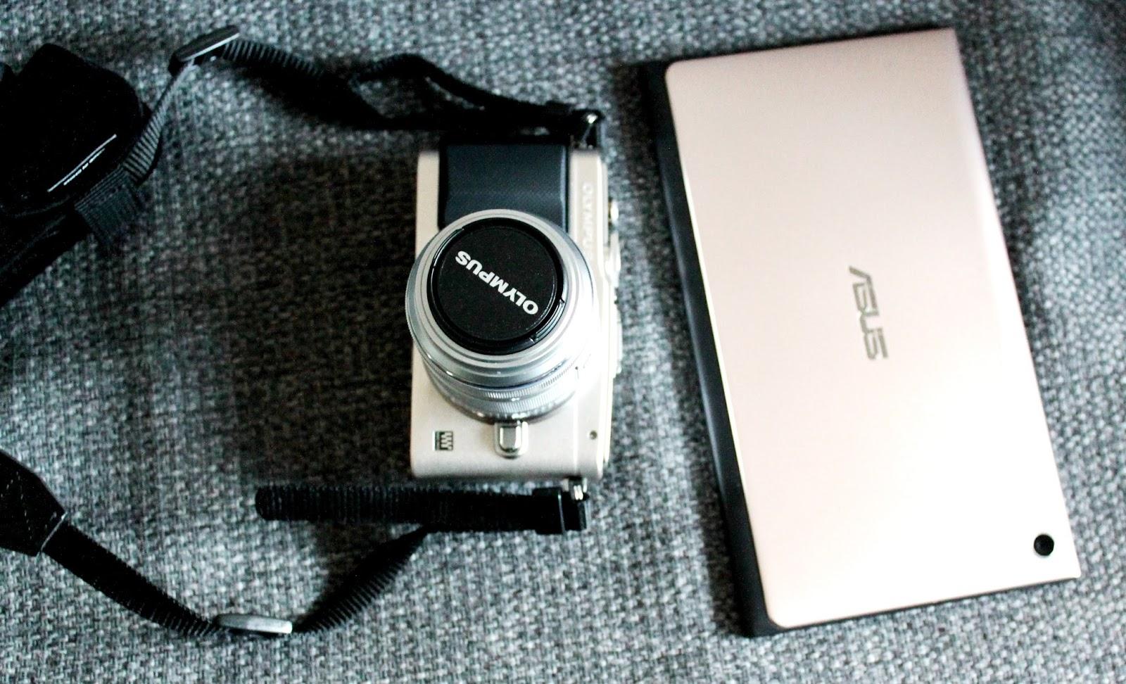 blog, blogger, blogging, bloggaaja, blogisti, kamera, pen, lite, olympus, asus, tabletti, taulutietokone, tekniikka, arvostelu, mielipide, rewiev, salama, flash, zoom, objektive, objektivi, zoomi, kuvata, shoot, photography, valokuva, valokuvaus