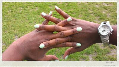 vernis à ongles vert Amande Défilé Bourjois 150 ans, Bourjois So glossy laque vernis opaque pastel vert amande