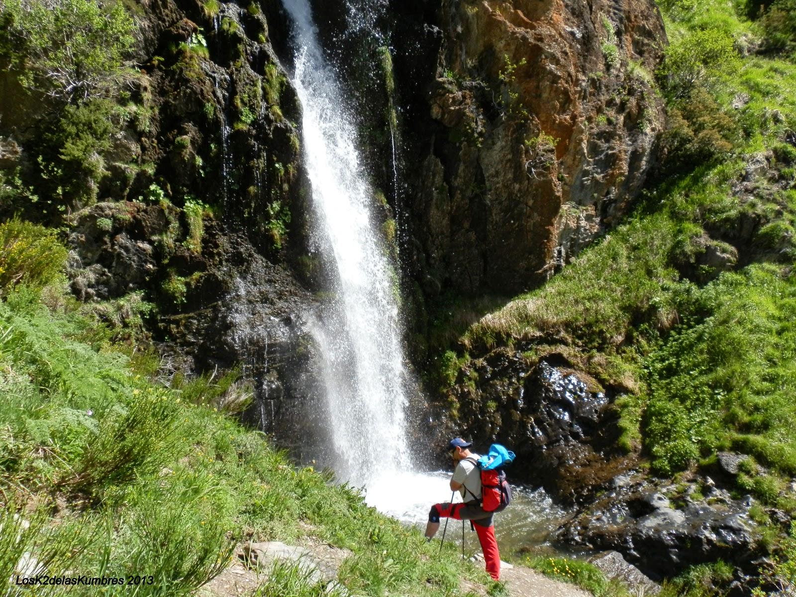 Cascada de mazobre fuentes carrionas - Fuentes de cascada ...