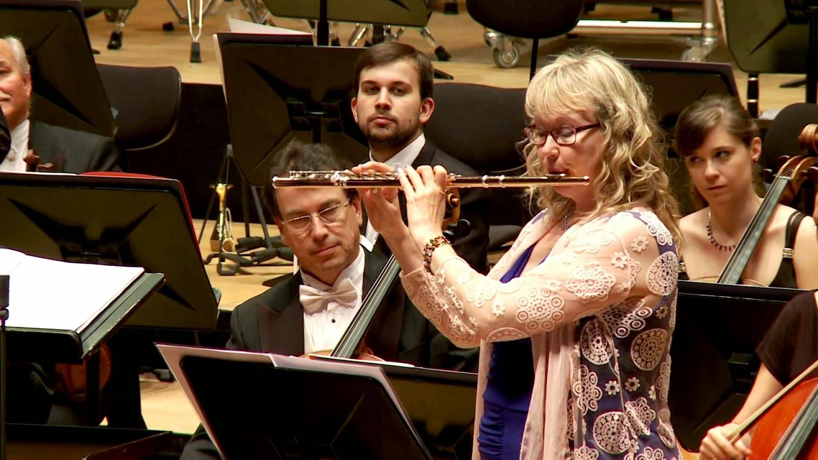 Claudia Walker: solista con la Orquesta Sinfónica de Galicia (Vídeo del concierto)