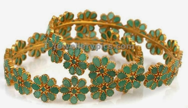emerald floral gold bangles at lalitha jewellers