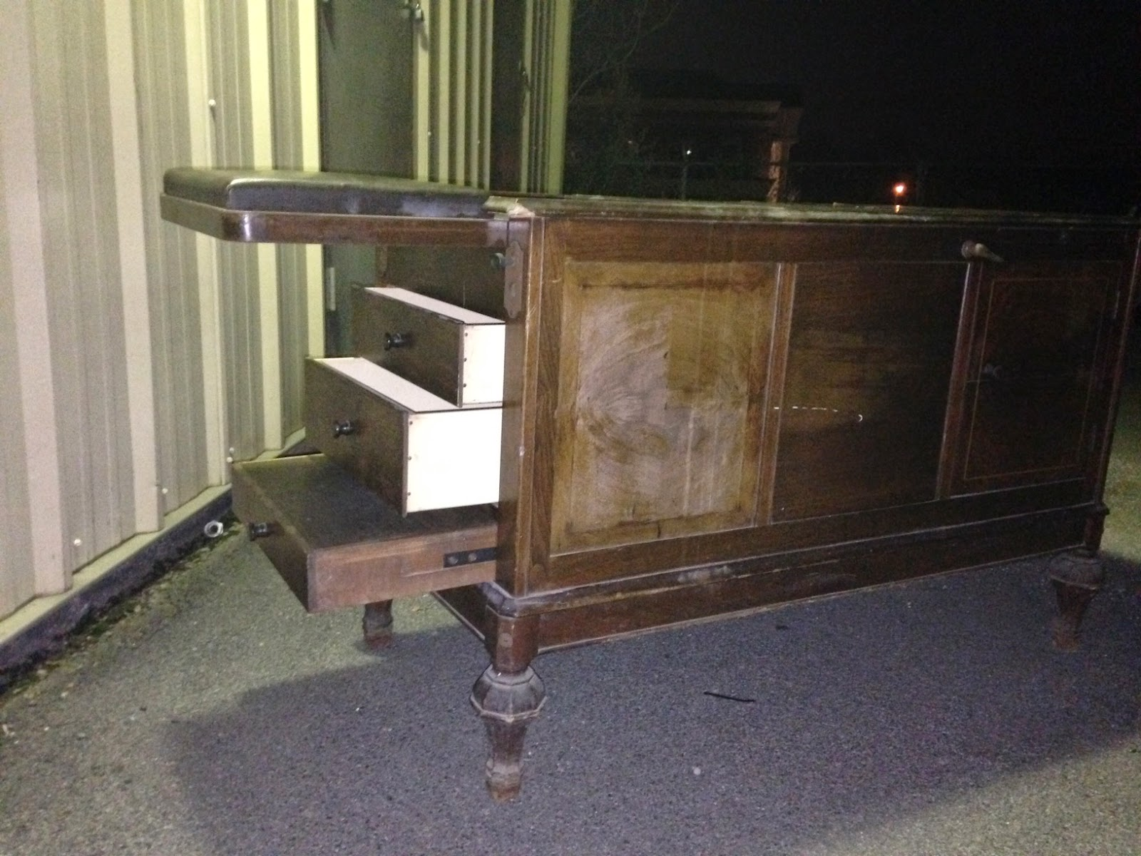 Beautiful Early 20th Century Medical Exam Table.