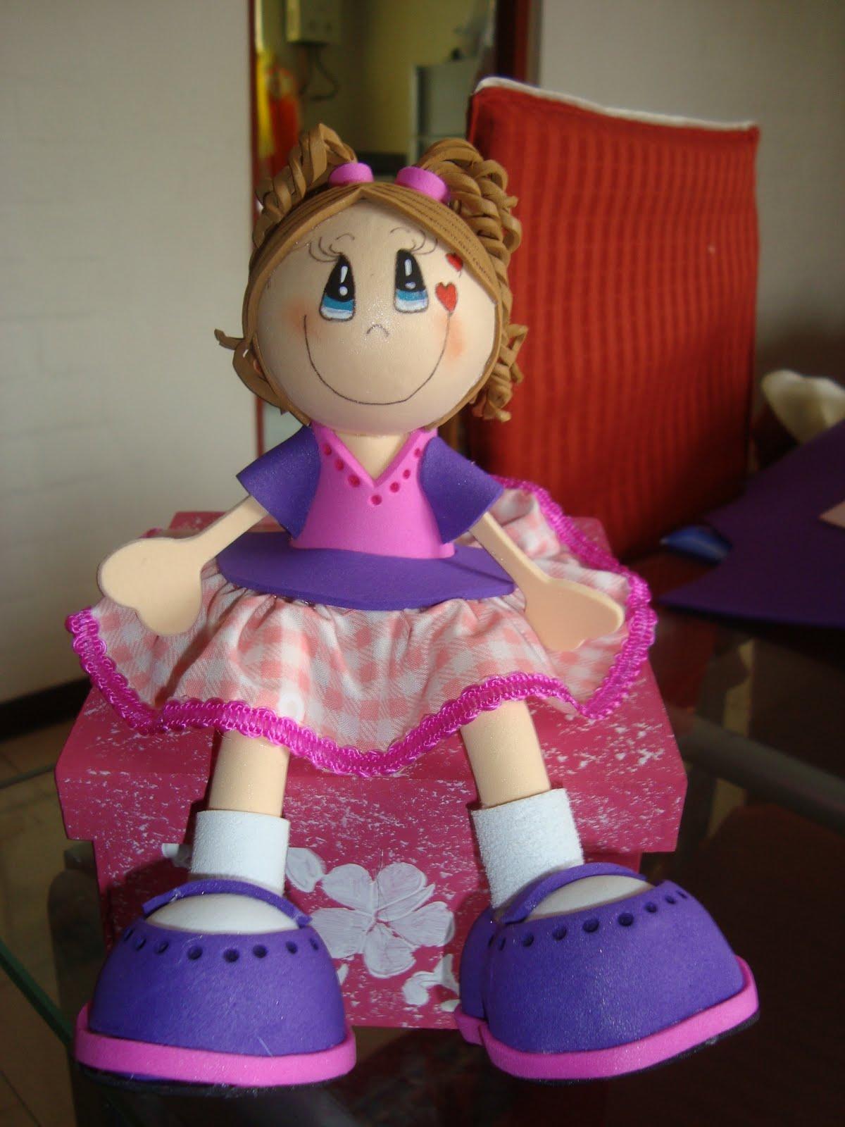 Como hacer fofuchas sentadas - Imagui