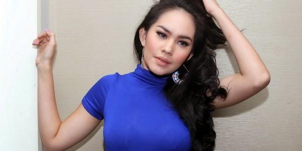 Batal Dinikahi Bule Kartika Putri Kapok Umbar Foto Hot