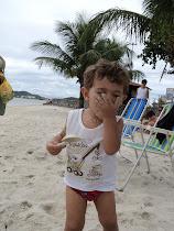 Pode acreditar...ele comeu areia!!!