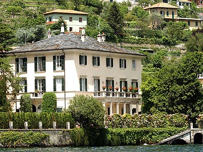24 chronic news homes of the rich and famous for Lake house in italian